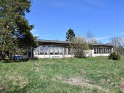 Prodej rodinného domu 421 m2, pozemek 3040 m2, Podbořanský Rohozec